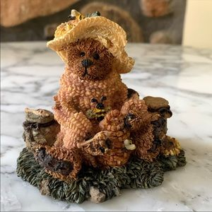 Vintage Boyd's Bears & Friends Bailey Honey Bear